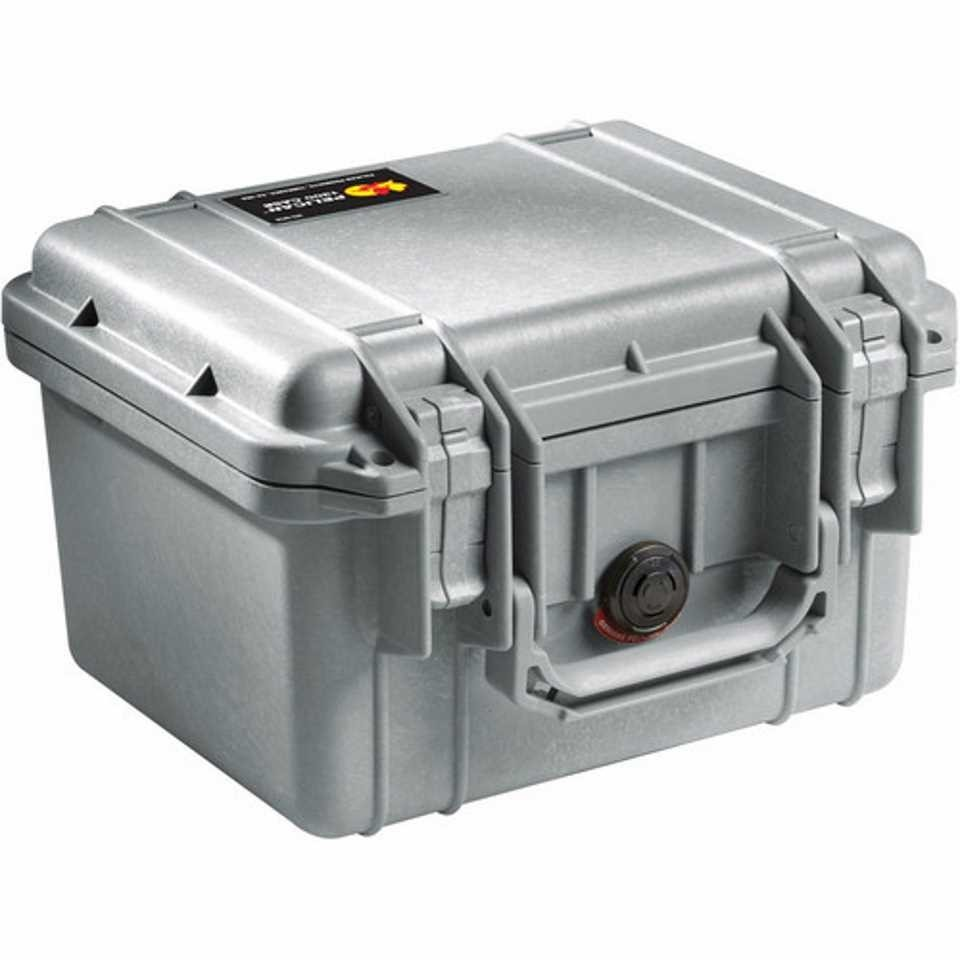 Pelican 1300 Small Carry Case (Silver)