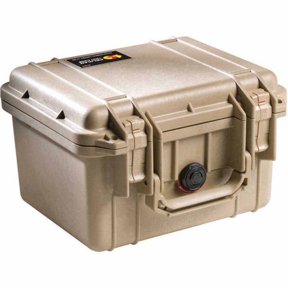 Pelican 1300 Small Carry Case (Desert Tan)