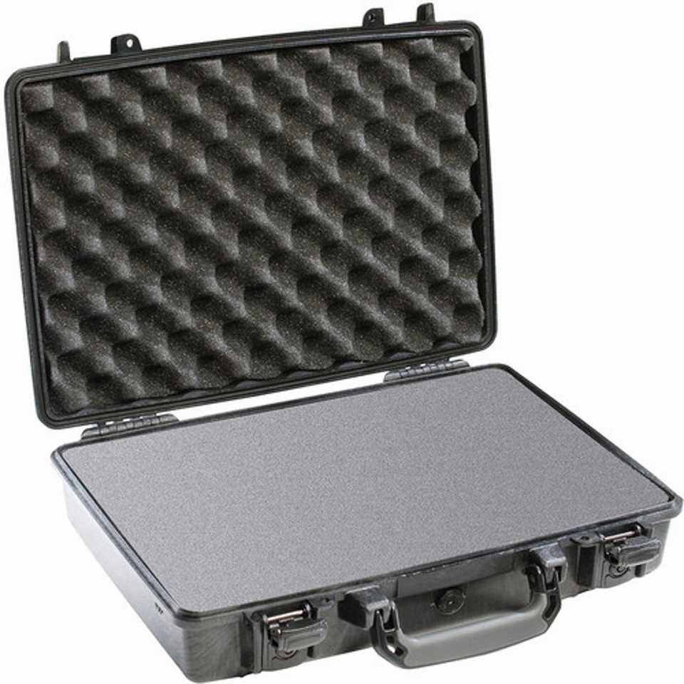 Pelican 1470 Medium Carry Case (Black)