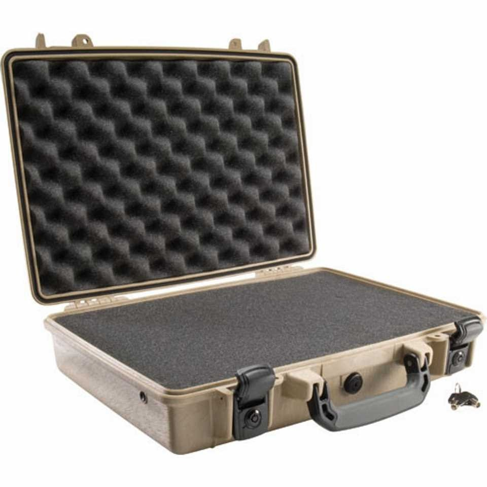 Pelican 1470 Medium Carry Case (Desert Tan)