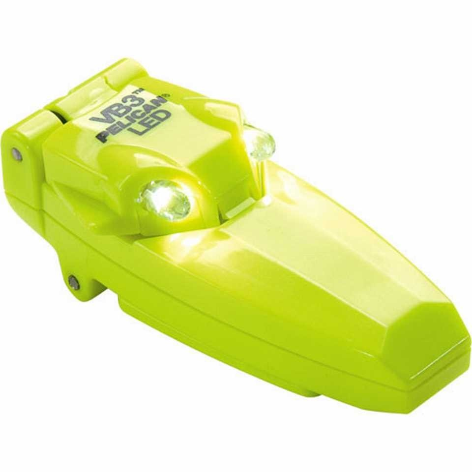 Pelican 2220 VB3 Clip-On Light (Yellow)